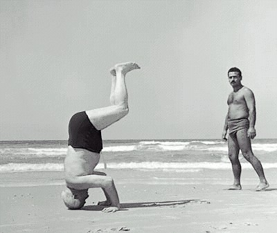 Moshe_headstand